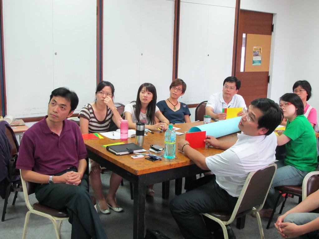 塔冷通學習社群1010-1002 | 社會媒體紙牌遊戲 | helena200089 | Flickr