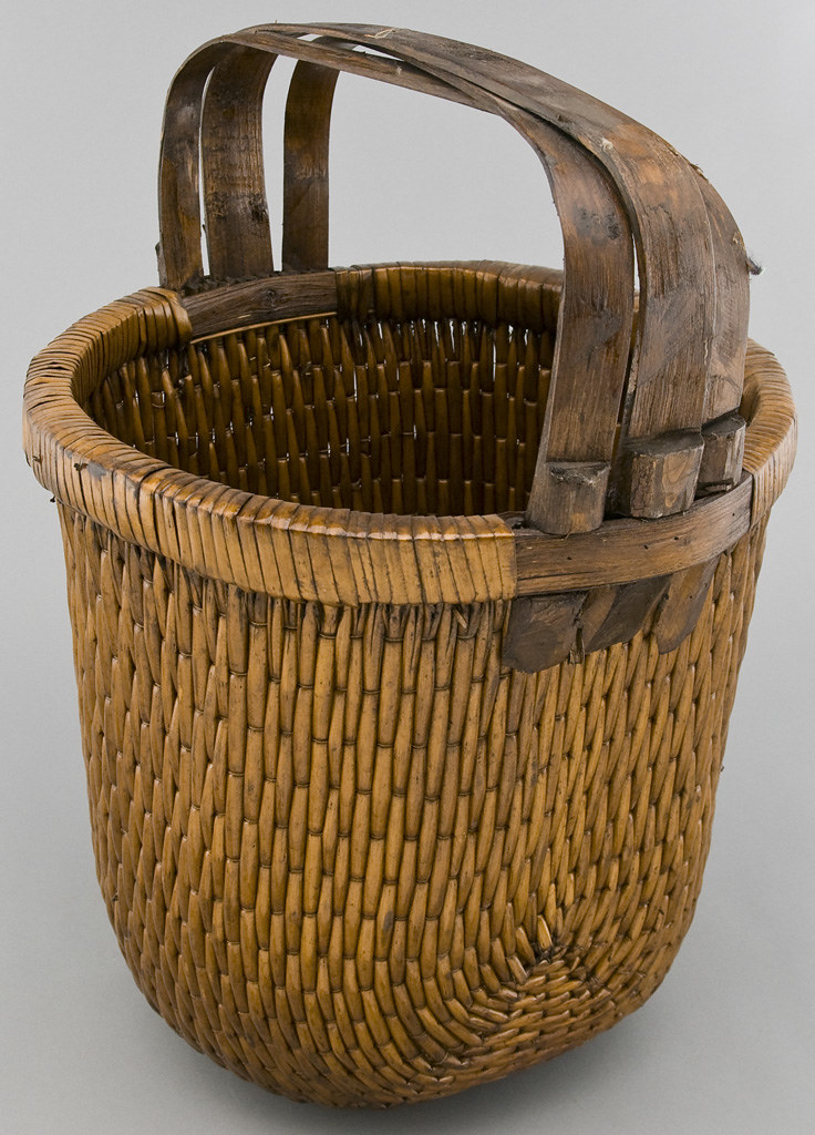 an1025y antique chinese baskets