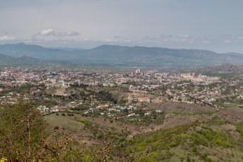 De hoofdstad Stepanakert, populatie ongeveer 50.000.