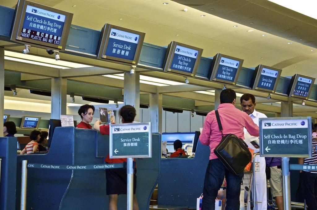 TPE Cathay Pacific Check-in counters (Terminal 1) | Luis Jou García | Flickr
