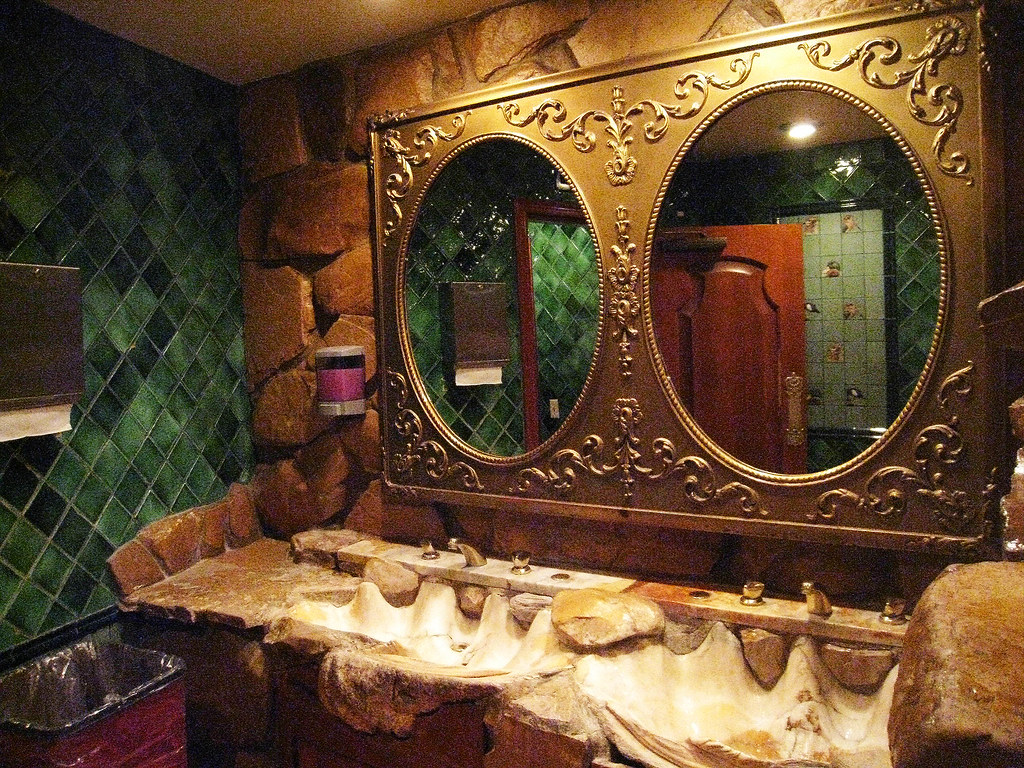 Mens Bathroom Decor Men S Bathroom Decor Complete With Rock Decor Slotourism Flickr