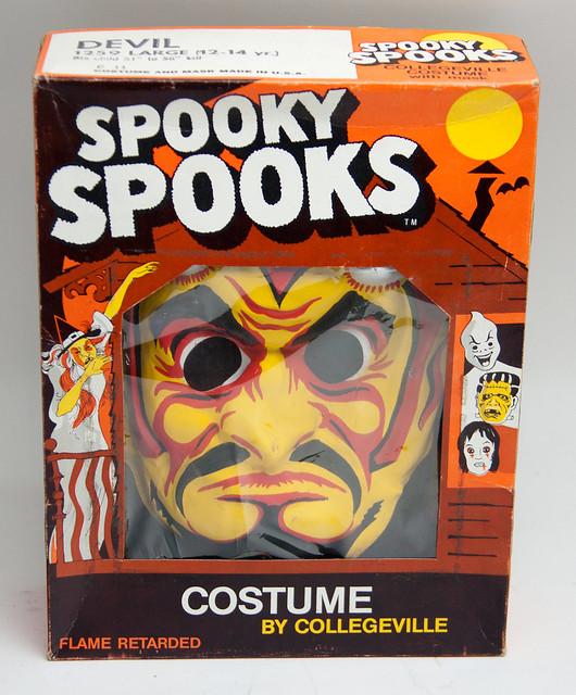 Vintage Collegeville Spooky Spooks Boxed Hallowen Devil Costume