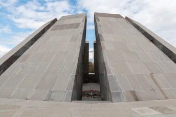 ...het genocide monument.