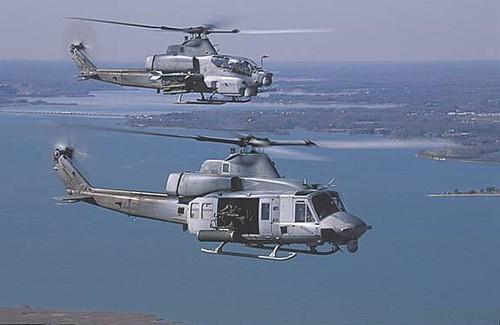 UH-1Y and AH-1Z   Rocklin Lyons   Flickr
