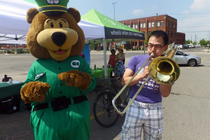 2015 05 GO Bear & George_300