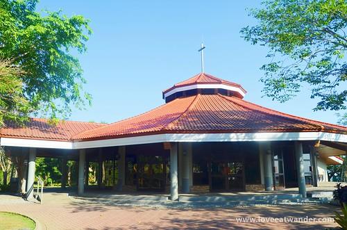 Tagaytay Wedding - Chapel on the Hill
