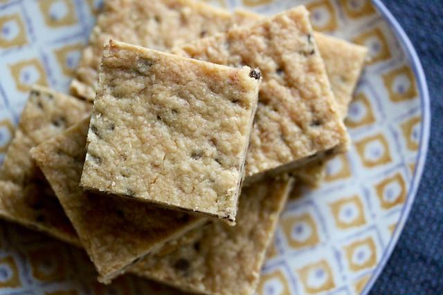 Choco Chip Toffee Shortbread Bars - 25