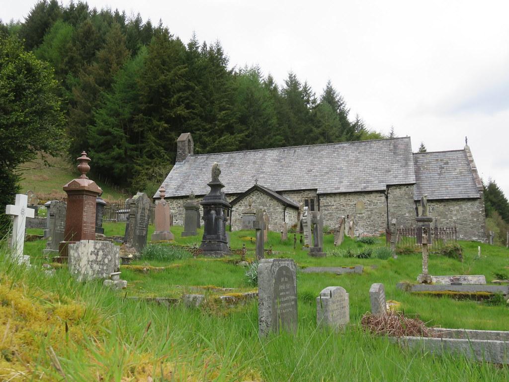 UK - Wales - Powys - Llanwrtyd Wells - St David's Old Pari…   Flickr