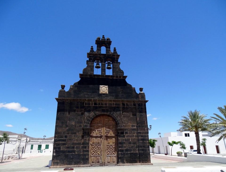 Casillas del Angel Iglesia Parroquial de Santa Ana Isla de Fuerteventura 02