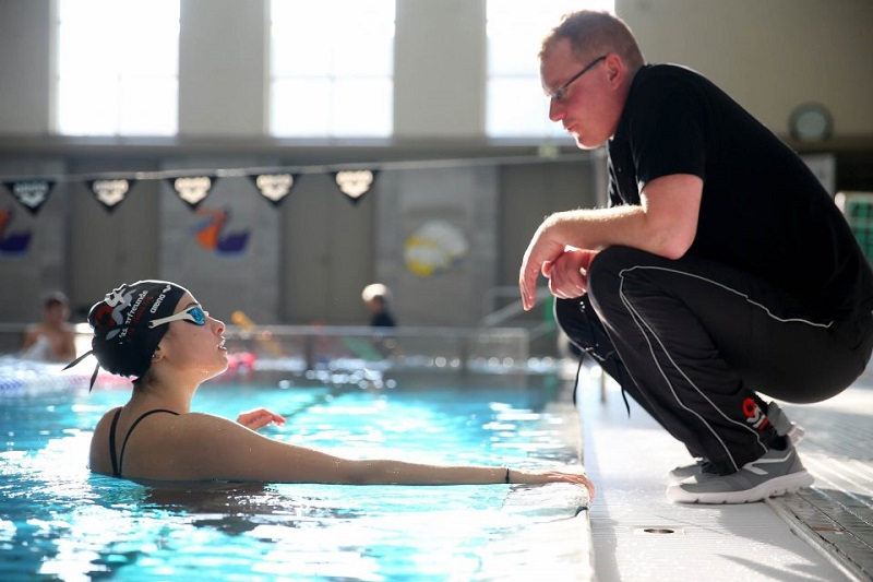 Tutte le bugie dei nuotatori… al coach!