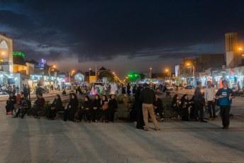 Een Hosseinieh is een gebouw waar de sjiieten Muharram gedenken. De hele maand dat wij in Iran waren was het Muharram.