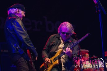 Loverboy - Laketown Rock - Cowichan Valley - May 20, 2017