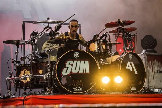 SUM 41 Empire Rock Fest