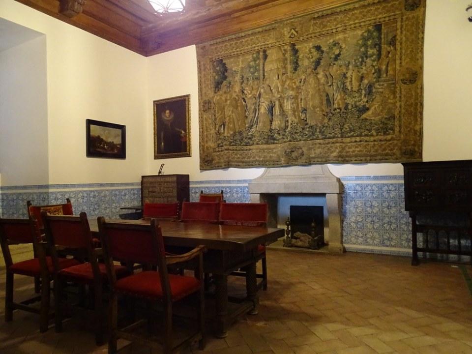 Sala de la Chimenea interior Alcazar de Segovia 02