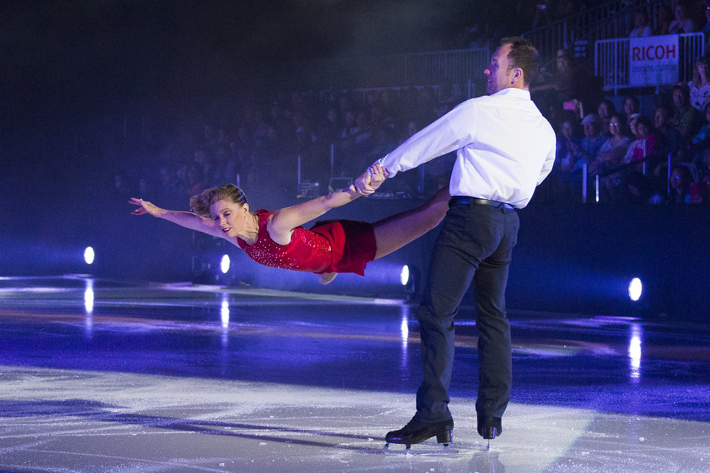 2017-08-27 Opening - Aerial Acrobatics and Ice Skating Show @ CNE   Flickr