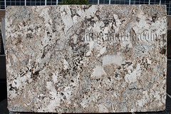 Feldspato Cream Polished Granite slabs for countertop