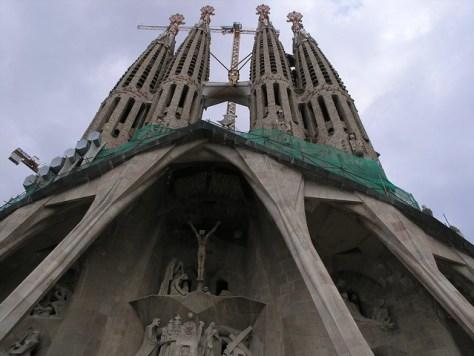 Barcelona Sagrada Familia s facade
