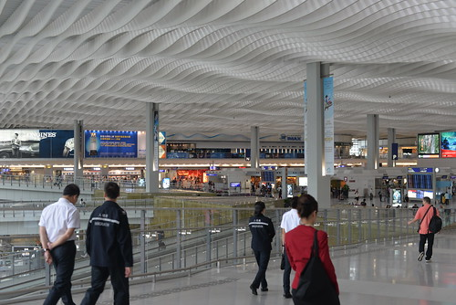 HK airport concourse HKNT 10-14-16 1   Part of the departure…   Flickr