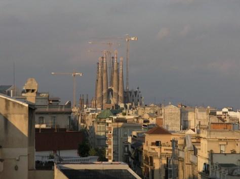 Barcelona pedrales sagrada familia vista