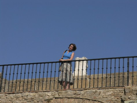 Antequera Andrea on Arco de los Gigantes