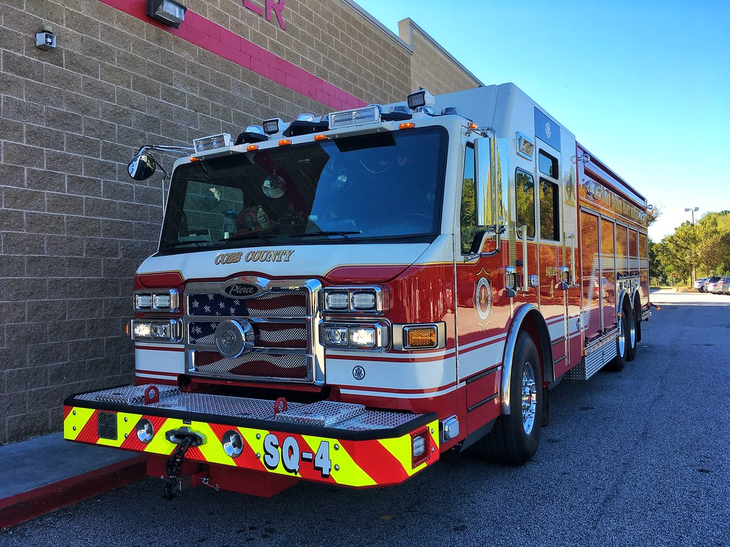 Cobb County Fire Department  Fire Engine SQ4  I dont