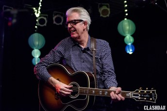 Nick Lowe and Los Straightjackets @ Yep Roc 20, Carrboro NC 2017