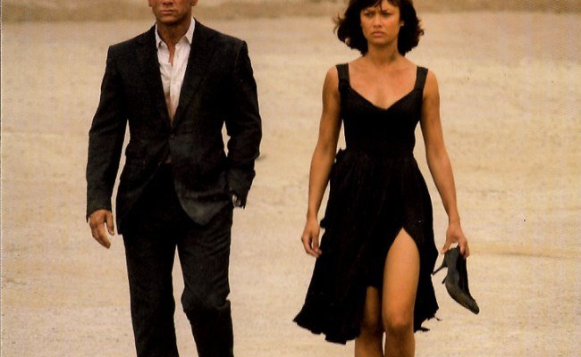 Daniel Craig And Olga Kurylenko In Quantum Of Solace 2008