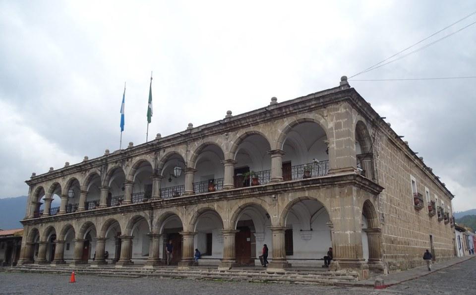 Palacio del Ayuntamiento Parque Central Antigua Guatemala 07