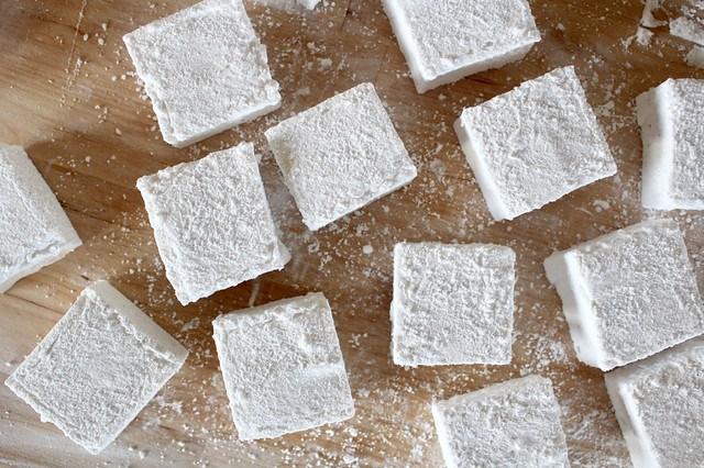 Vanilla Coconut Marshmallows - 26