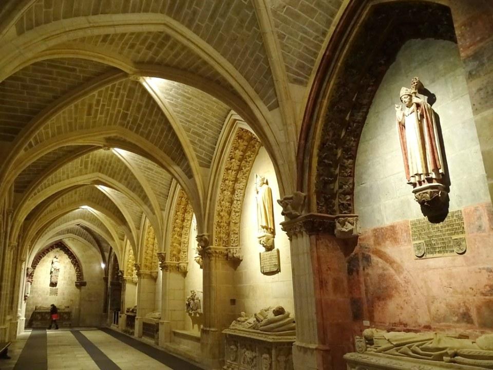 Catedral de Burgos Claustro Alto Galeria del claustro alto 02