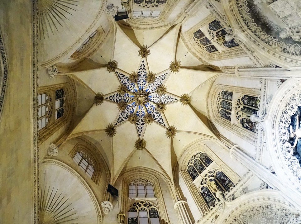 Catedral de Burgos Capilla de los Condestables boveda estrellada octogonal y calada Capilla del Condestable