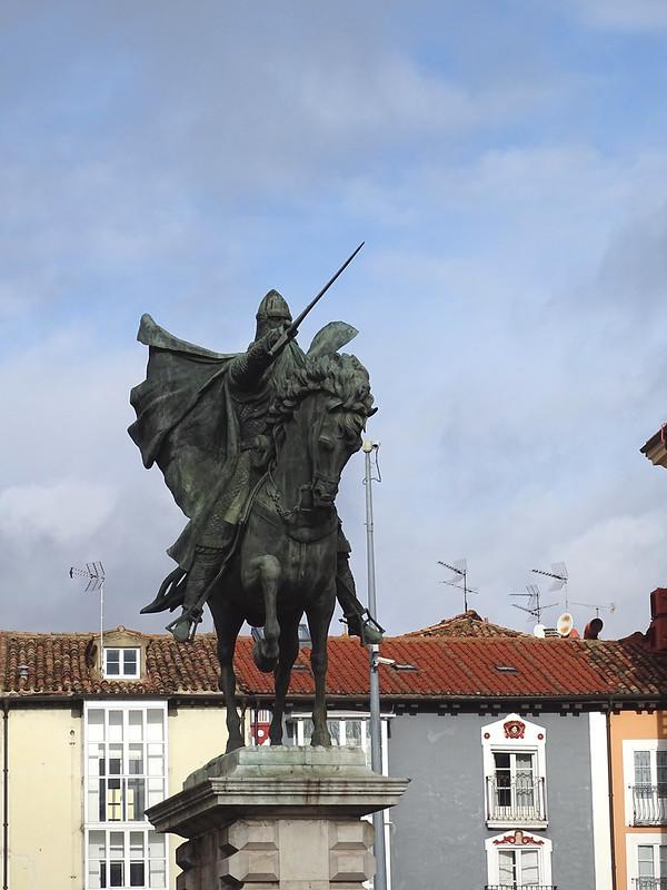 Burgos Plaza y estatua ecuestre del Cid El Burgos de Mio Cid 04