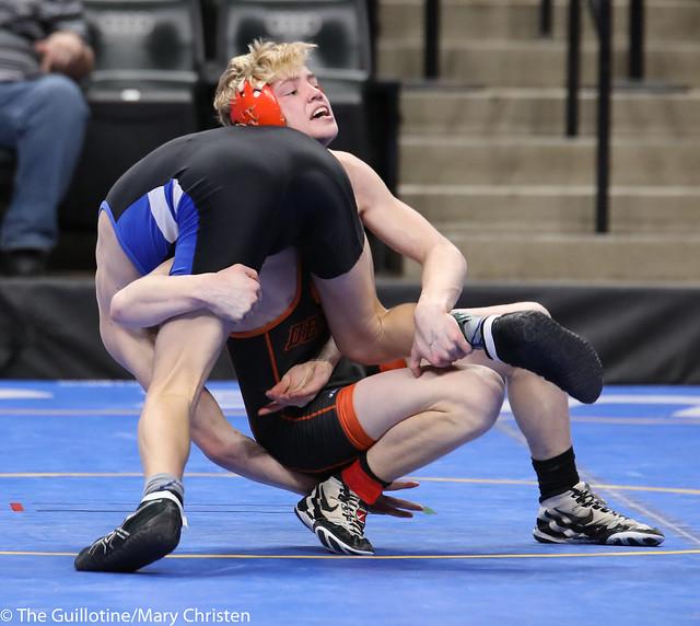 Semifinal - Bennett Berge (Kasson-Mantorville) 42-8 won by decision over Tanner Kroells (Delano) 40-5 (Dec 3-2). 180303AMC5295
