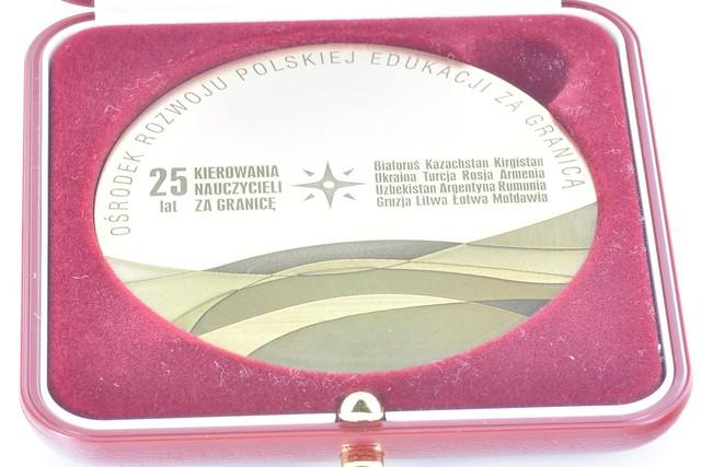 medal mosiądz 70x3 mm