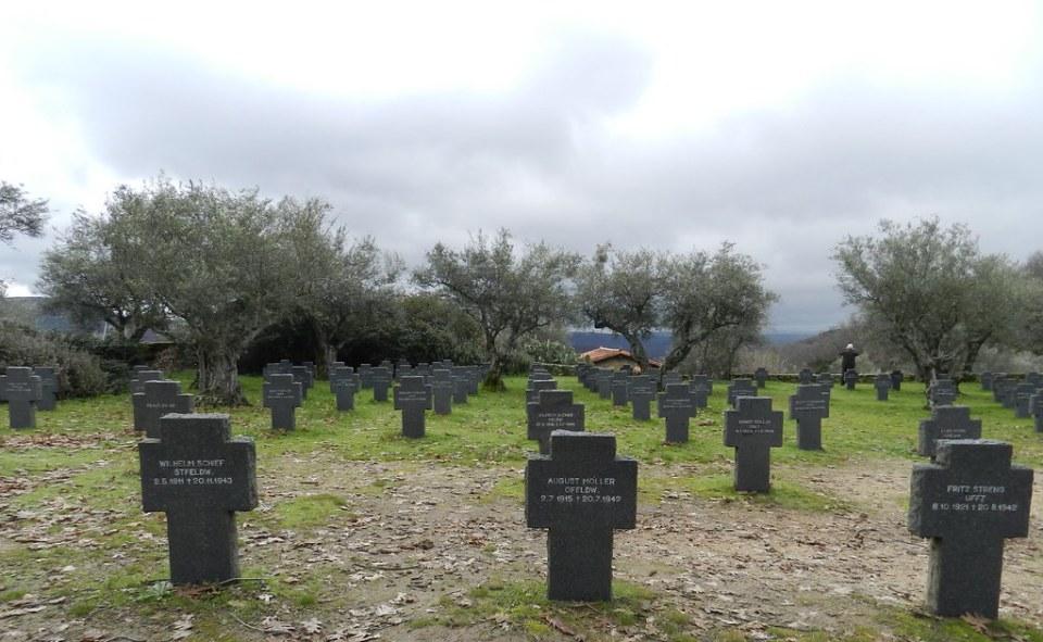 Cementerio militar Aleman de Cuacos de Yuste Caceres 06