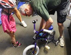 2015 20 APC kid bike fitting_300
