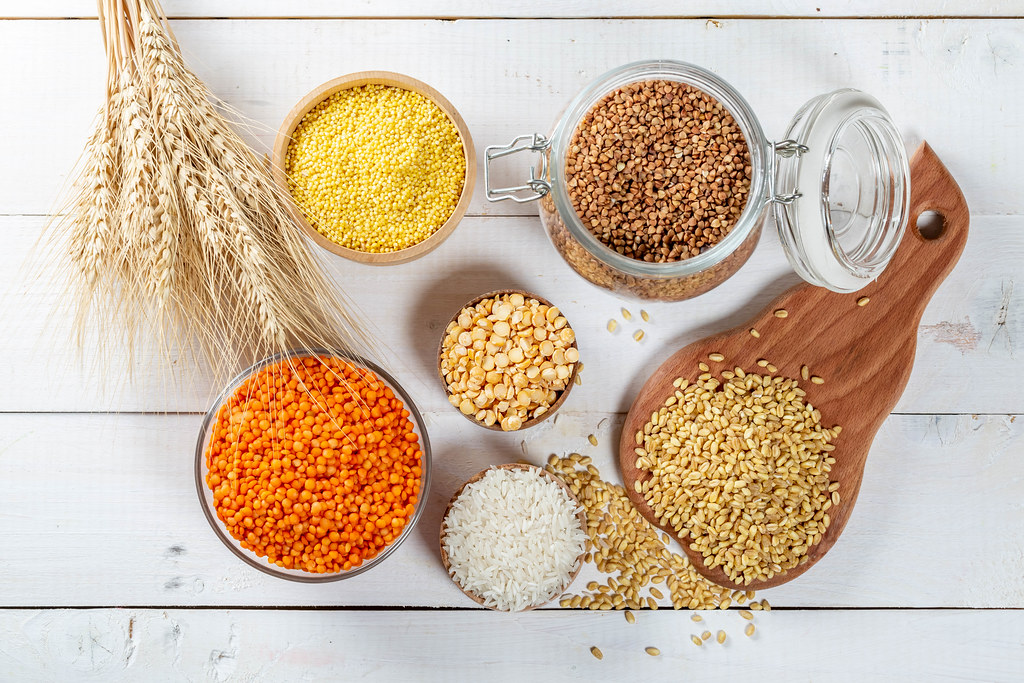 different cereals wheat rice
