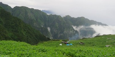 A Treasure Trove of Hidden Picturesque Beauties: Trekking in Chenap Valley