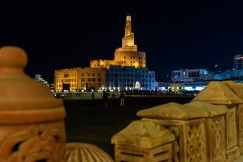 Nogmaals de 'Spiraal moskee van het Kassem Darwish Fakhroo Islamic Centre', het is een replica van de 'Grote Moskee van Al-Mutawwakil' in Samarra in Iraq.