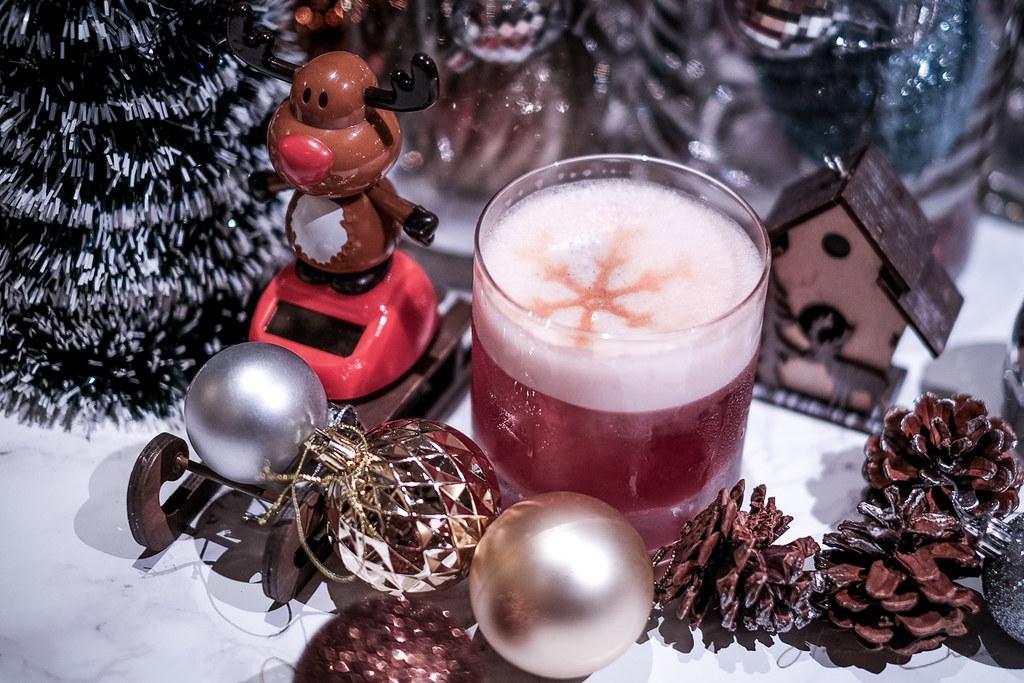 A Four Seasons Christmas Revelry-31