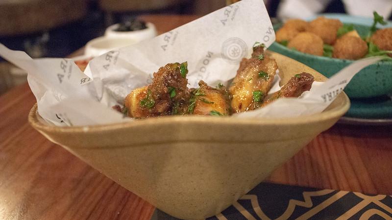 Nogueira's-Lisboa-Chicken-Wings