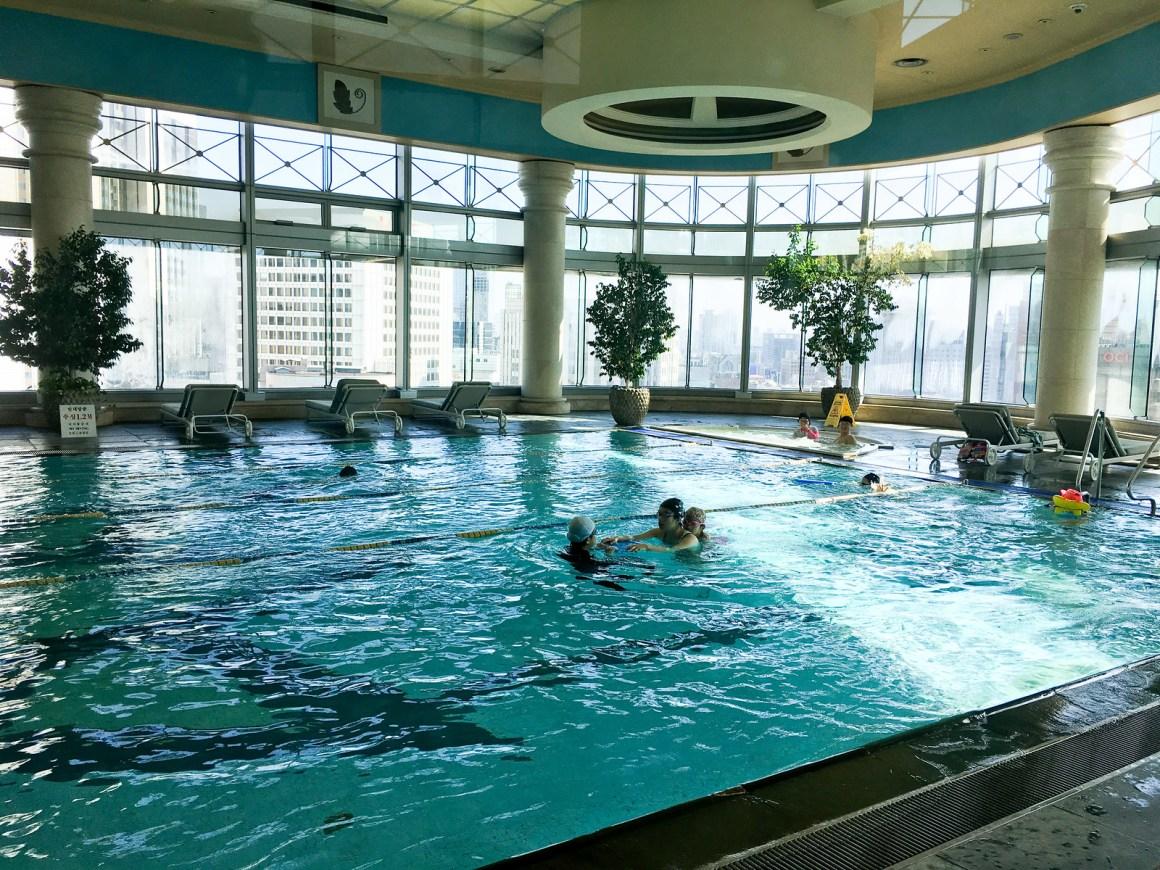 首爾廣場酒店傲途格精選 游泳池