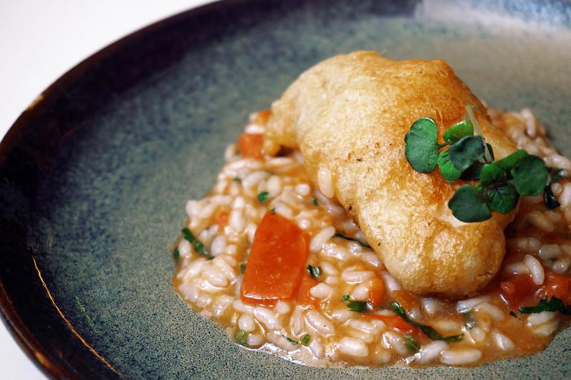 Filetes de peixe galo fresco com arroz malandro