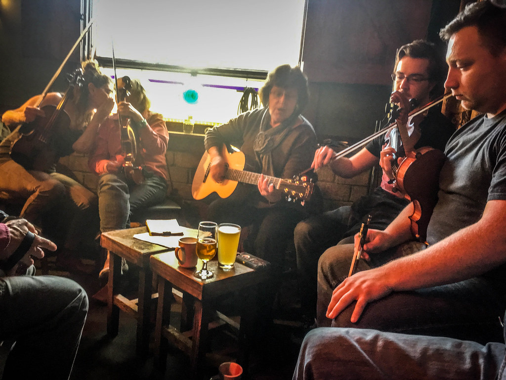 Jack of the Wood Irish Music Session-010