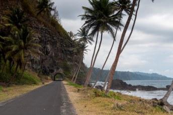 Deze tunnel is vlak bij het einde van de weg, vlak voor Santa Catarina.