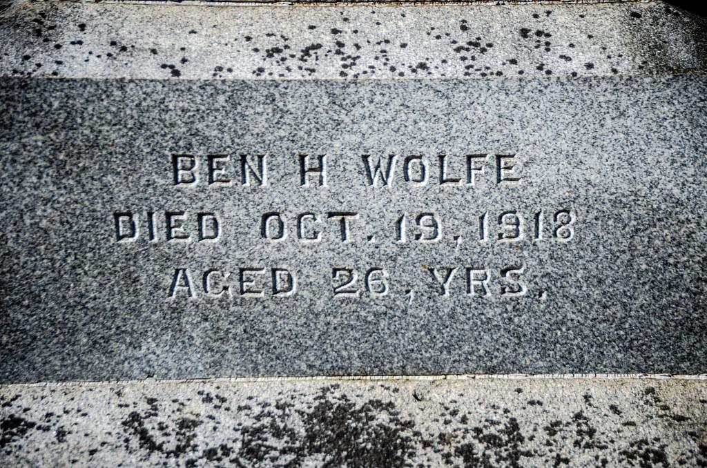 Ben Wolfe Grave-001