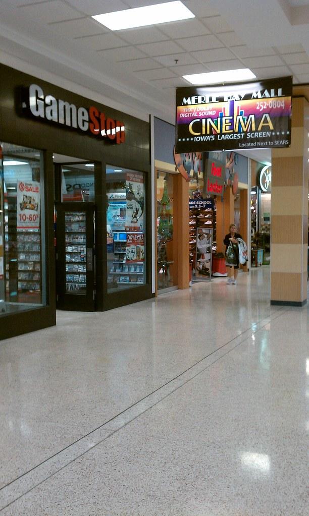 Merle Hay Mall Stores : merle, stores, Merle, Moines,, Gamestop,, Lo…, Flickr