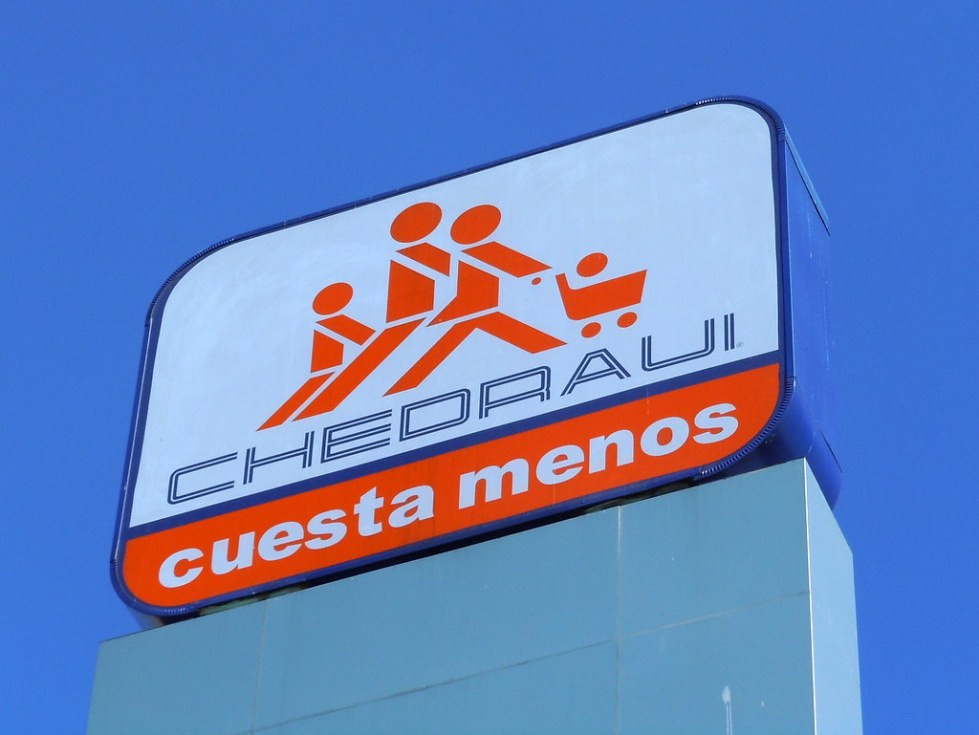 Chedraui: cuesta menos   Chedraui is a Mexican supermarket c…   Flickr