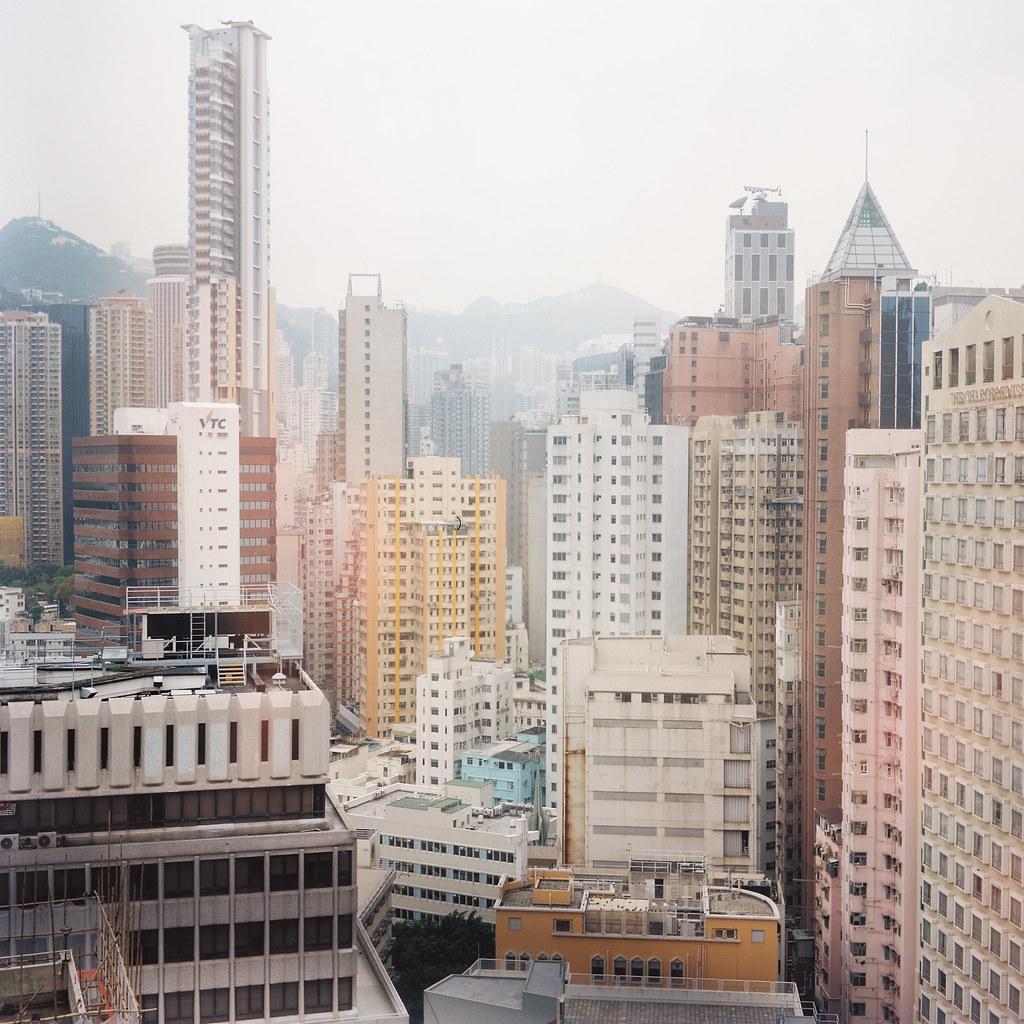 2011.05.22 香港·銅鑼灣   你看到的,是真實的世界,或者是潛意識中的幻覺?   sylvia hsu   Flickr