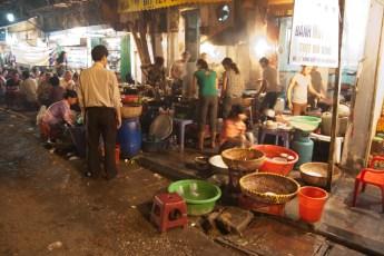 Garküche bei Nacht